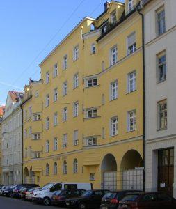 Denkmalgeschützte Fassade nach Anstrich