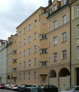 Denkmalgeschützte Fassade vor Anstrich